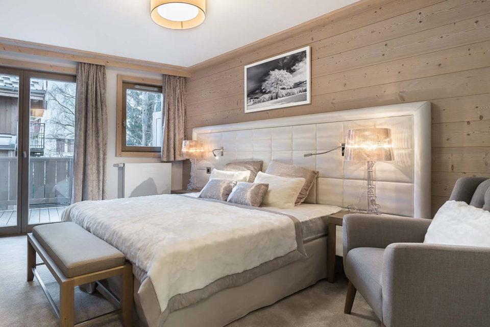 Mobilier résidence hotellière - photo de la chambre avec un grand lit