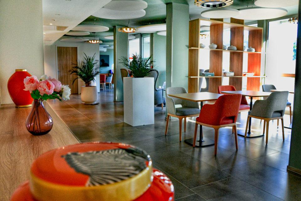Les Anemones - espace de vie aménagé par NBS votre fournisseur mobilier ehpad