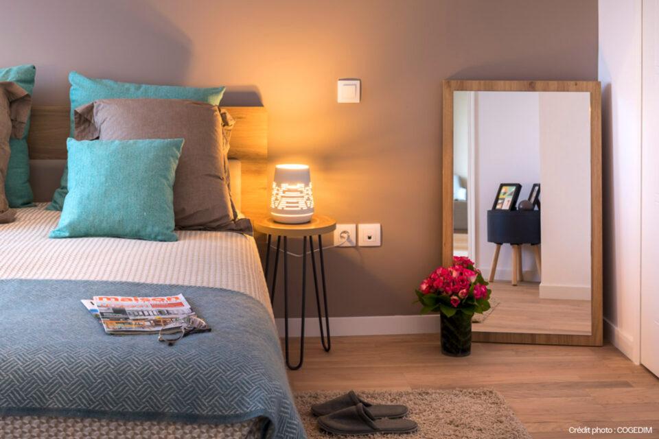 La photo de la chambre d'une résidence senior - décoration pour EHPAD