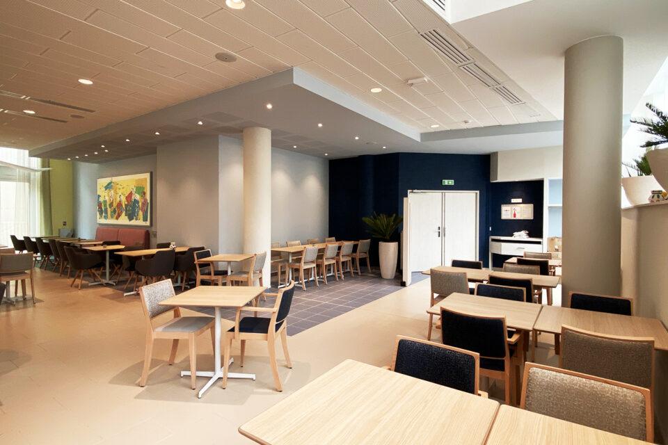 Résidence Senior - Marseille, photo montrant une salle de restaurant