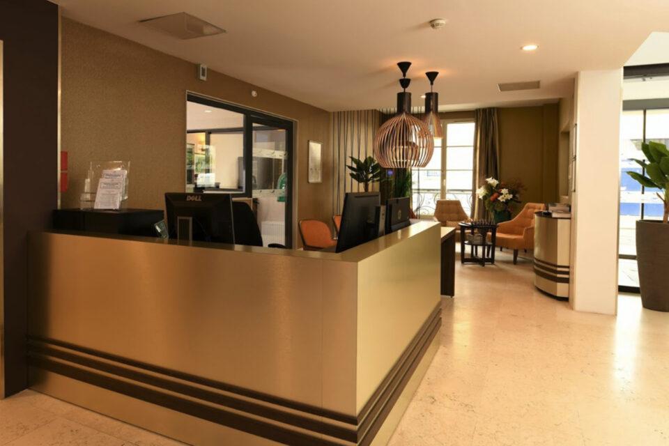 Votre mobilier EHPAD - Accueil et réception de d'un EHPAD avec du mobilier haut de gamme